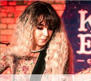 Live & Unsigned Artist Kat